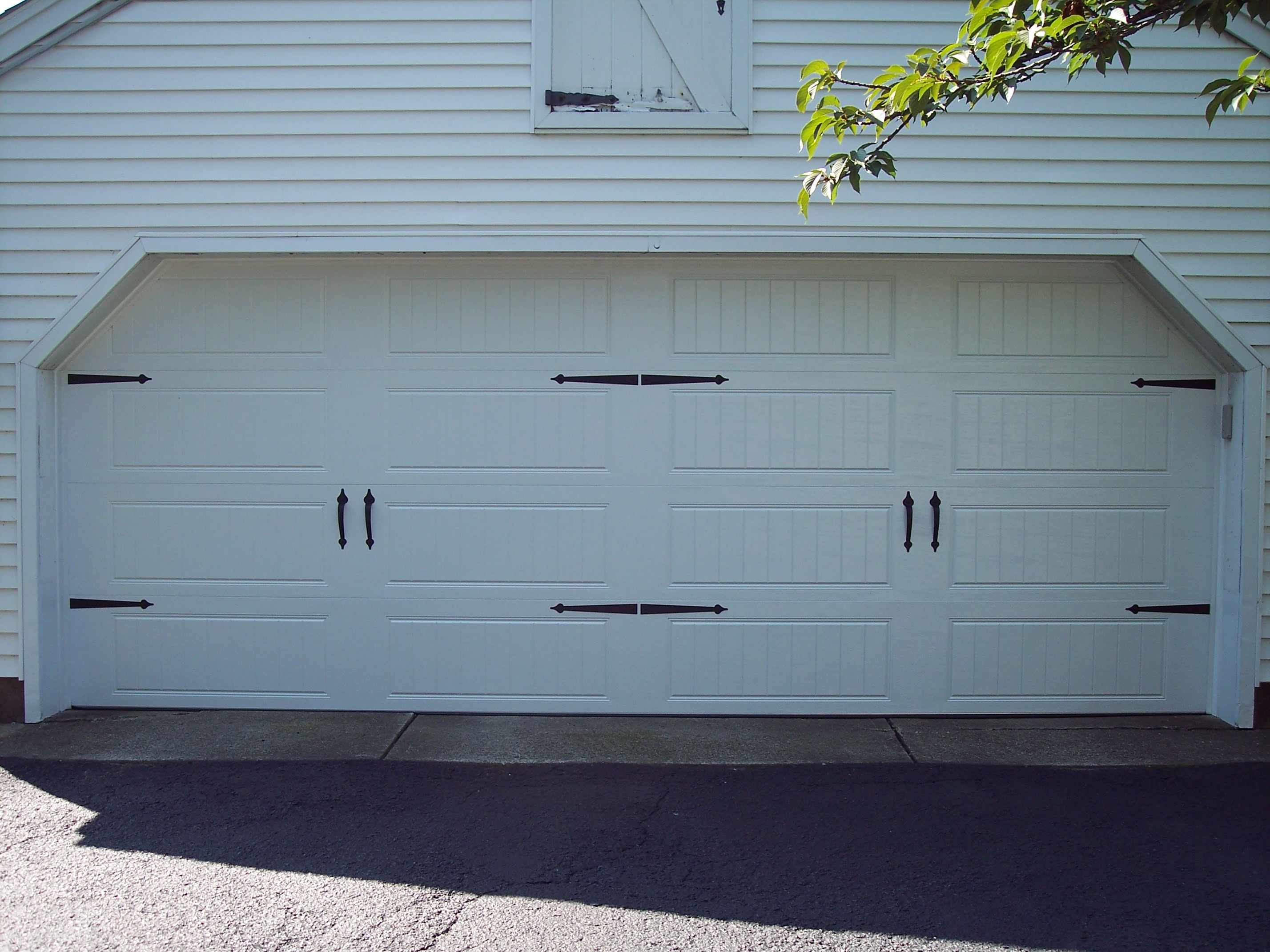 Carriage House Garage Doors In New Jersey Dons Doors